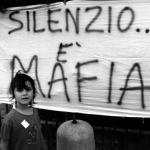 """""""La mafia fa schifo"""" di Nicola Grattieri e Antonio Nicaso"""