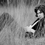 """Nick Drake. The sweet suggestion of the pink moon"" di Luca Ferrari"