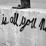 """""""È difficile definire l'amore.."""""""